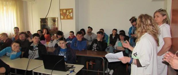 Опасности од употребе психоактивних супстaнци – едукативно предавање за ученике школе